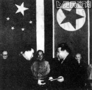 周恩来出访朝鲜 中国政府决定撤军