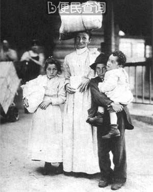 本世纪最初的十年,移民潮水般地涌入美国